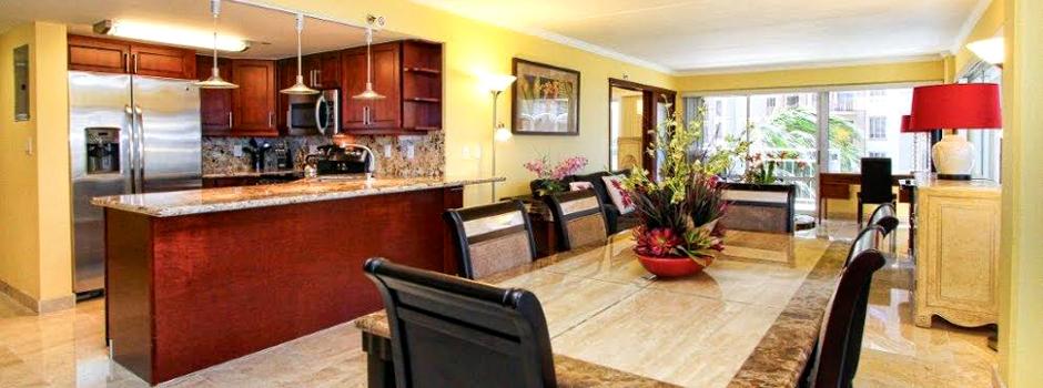 Ilikai kitchen and dining room